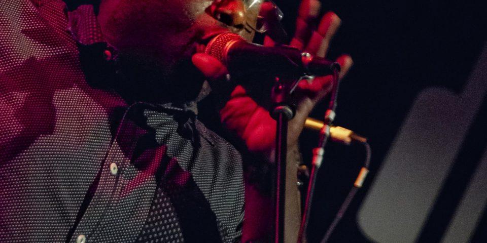 pic_300_41 Miles sings-Drom-NYC-Banjo-Nickaru